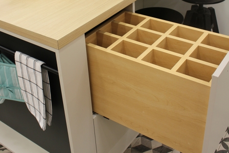 Drawer with Bottle storage